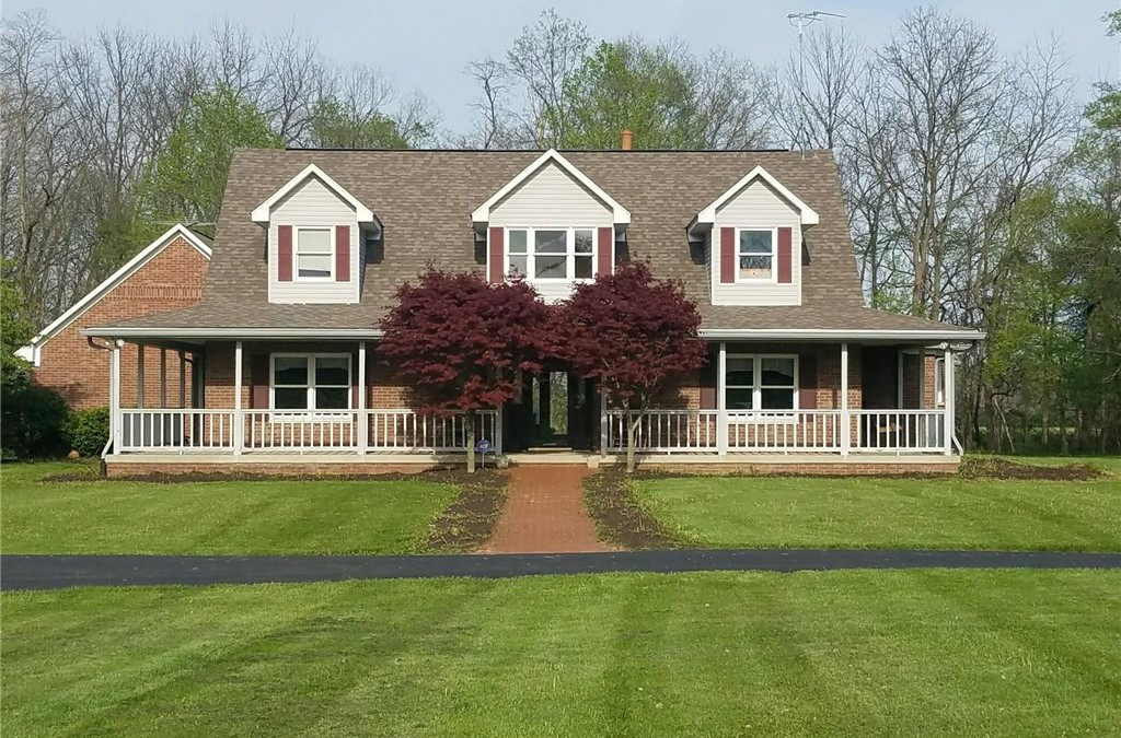 Danville Indiana Home on 9+ Acres For Sale!!!